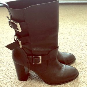 Zara calf-raise leather boots
